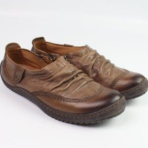 Kalso Earth Shoe Invoke brown leather zip flat